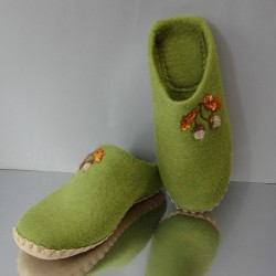 "45 felt slippers ""Oak"""