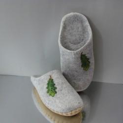 "43 felt slippers ""Oak leaf"""