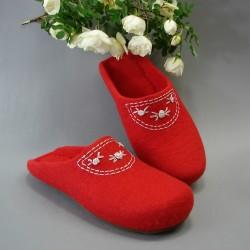 "38 felt slippers ""Rokoko"""