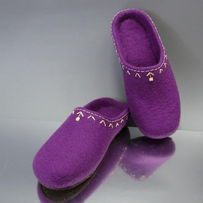 """37 Felt slippers """"MY LITTLE FLOWER"""""""