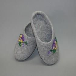 "36 felt slippers ""Pancy"""