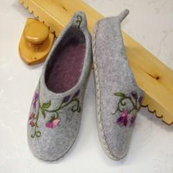 "37 slippers ""Sweet pea"""