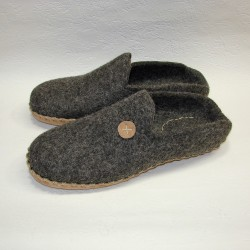 44 slippers