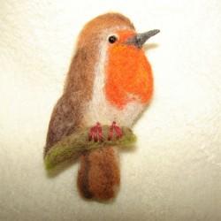"""Brooch """"Robin"""""""
